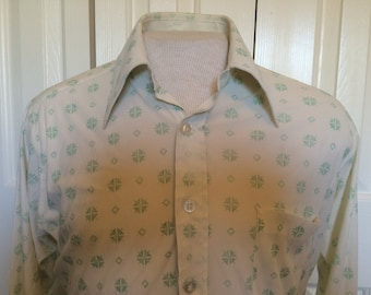 Vintage Funky Men's Shirt - Sears Best - off white with green geometric pattern - polyester - good used condition