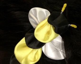 Kanzashi Bee Barrette Hair Clip