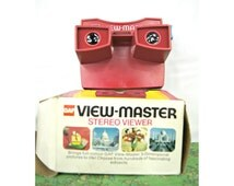 Vintage 70s Viewmasters in original BOX - GAF View-Master, Red & White -- Made in Portland Oregon by the GAF Corporation - 16-010