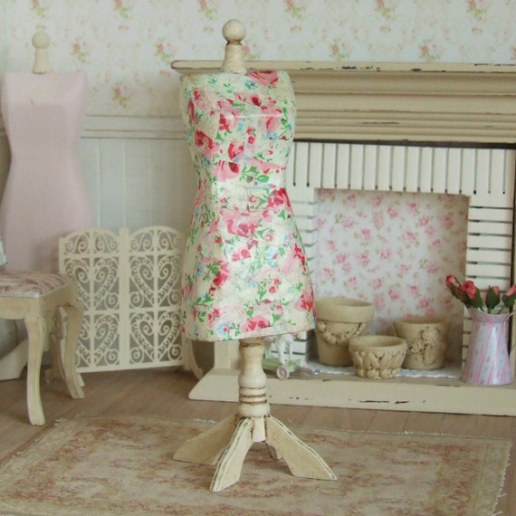 Dollhouse Miniature Dress Form Distressed Mannequin Sewing