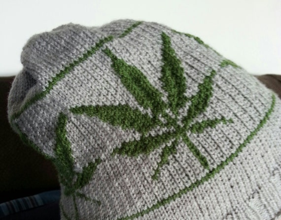 Free Crochet Pattern For Hemp Leaf : Knitting Pattern: Marijuana Leaf Hat Adult Size
