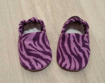 Baby Booties, Baby Gift, Baby Slippers, Baby Crib Shoes, Baby Moccs, Animal Baby Shoes, Baby Girl Shoes, Animal Slippers, Zebra Baby Slipper