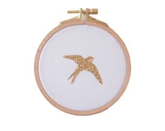 Golden Swallow Wall frame -White and gold - House - Houseware - Decoration - Love - Christmas