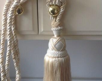Curtain tie back, large tassel