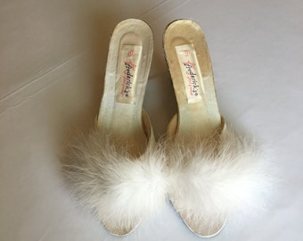 VINTAGE ~ SLIPPERS frederick's of Hollywood