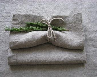 Set of 2 natural linen napkins.