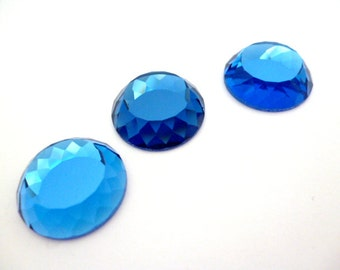 High bright Facetted Glass Cabochon_PA7898712103598_Facetted Colored Cabochons of 18 mm_ pack 3 pcs