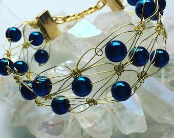 Blue dyed agate wire weave bracelet