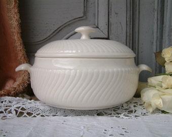 One Antique creamware ironstone vegetable tureen. Boch Frères Louvière 1930s art deco creamware. Creamware tureen. White art deco tureen