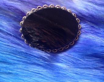 Gemstone pin