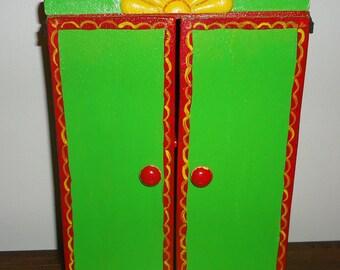 Nicho, Shrine, Altar or Retablo with shelf and doors Handmade