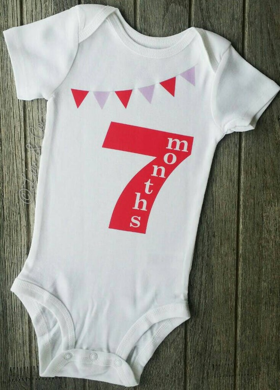 Buying baby clothes is a lot like playing the lottery; you hedge your bets on a number, and hope it's the right one. But it doesn't have to be that way. While it's true that babies grow really fast, it is possible to buy clothes for them that will fit - at least for now.