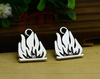 20pcs 18x15mm Antique silver flame Charm Pendant