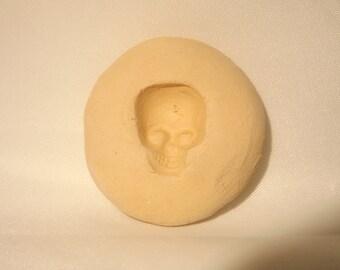 Skull press mold