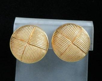 AVON Button Earrings, Vintage Basketweave Earrings, Gold Tone Tailored Clip-on Earrings
