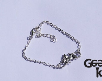 Cat and wool charm bracelet