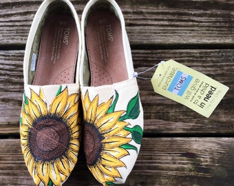 Custom Hand-Painted Sunflower Toms