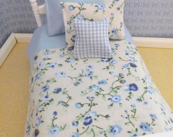 Handmade 12th scale doll house bedding set for a single bed 4 piece blue and cream florals