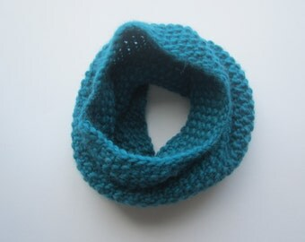Blue Neck Scarf, Hand Knitted Cowl, Teal Scarf, Knit Snood, Cozy Cowl, Knit Neck Warmers, Neckwarmer, Ethical Fashion, Womens Knits, Wool