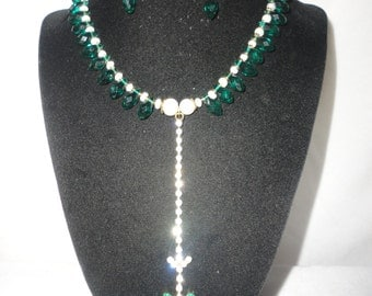 Emerald Green Crystals Fresh Water Pearls, Czech Glass Necklace Set.