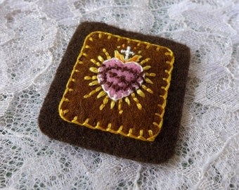 Simple Sacred Hearts (Brown, Pink) - Hand Embroidered Brown Scapular