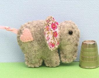 Felt Elephant Magnet