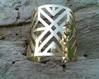 50% OFF SALE/  Large Gold Chevron Triangle Geometric Armband, Wrap Cuff Bangle Bracelet / Modern Tribal  Bohemian Ethnic Boho Edgy Minimal