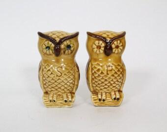 Vintage Owl Salt and Pepper Shakers Kitsch
