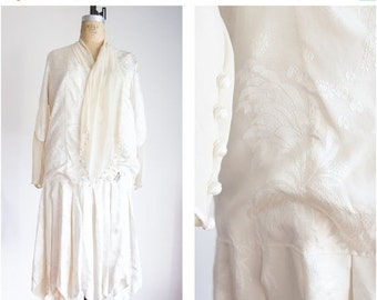 40% OFF SALE 1920s flapper silk brocade damask wedding dress / size small medium