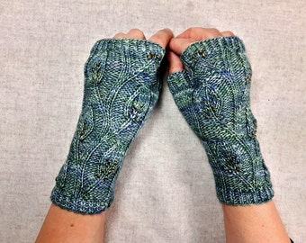 Fingerless Gloves with leaves and beads, green wool, mittens for women, elven gloves, LARP