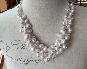 Ivory white and pink pearl bridesmaid necklace, wedding jewelry, chunky pearl necklace, clustered pearl necklace, bridesmaid gift