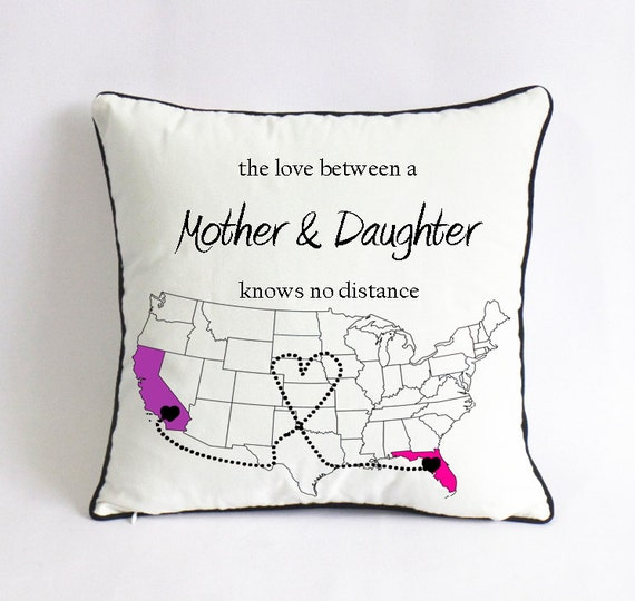 long distance mom daughter pillowcase-mom birthday present-mothers day gift for mom-the love between a mother & daughter knows no distance