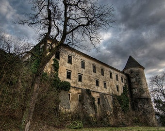 Abandoned castle, urban exploration, urbex