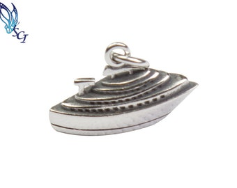 Sterling Silver 3D Cruise Boat Charm, Bulk Silver Charms, Travel and Transportation Silver Charms,  Jewelry Findings, Charms, CM138T