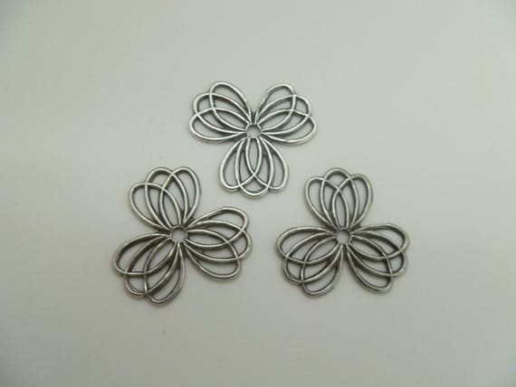 Silver Color Metal Jali Pattern : Set of antique silver colored metal flowers needed for