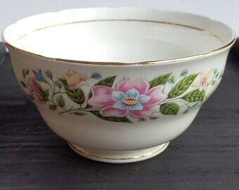 Vintage Sugar Bowl Colclough Sugar Bowl Sugar Bowl 1960's China Sugar Bowl Flower pattern bowl White sugar bowl