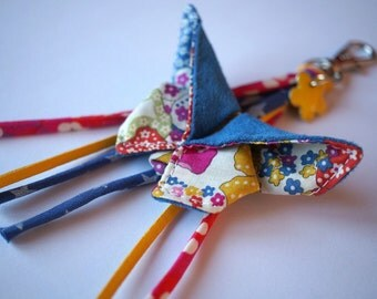 Keychain origami, grigri bag Liberty Mauvey blue, yellow and pink