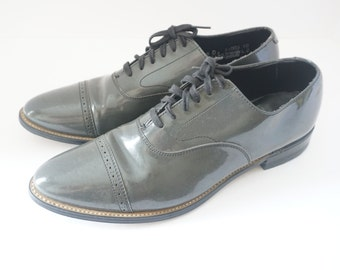 Vintage Grey Patent Leather Stacy Adams Shoes Men's Us size 9