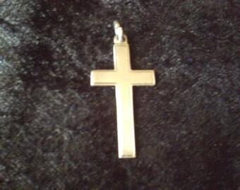 Vintage silver plain cross pendant