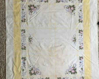 Pretty Vintage Tablecloth in Pastel Colors