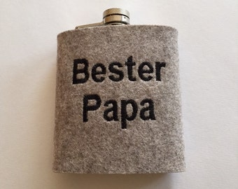 Hip flask with wool felt cover of best dad