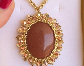 """Cabochon pendant necklace """"Sun stone"""" made by hand!"""