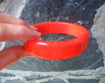 Marbled Red Bakelite bangle, Red Marbled Bakelite Bangle, Red Bakelite Bangle, Red bakelite bracelet, marbled bakelite bracelet, red marbled