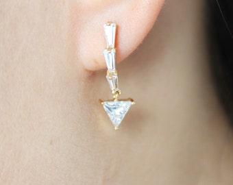 Crystal arrow drop earrings, crystal drop earrings, modern drop earrings, christmas gift, gift for her