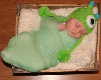 crochet monster hat,one eyed monster,green monster set,newborn crochet hat,free shipping,mike wazowski,moster photo prop,baby shower gift