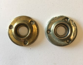 Pressed Brass Antique Rosettes E008