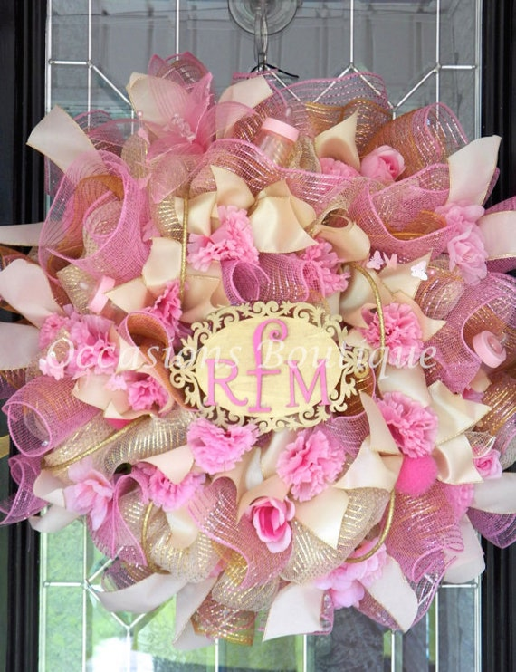 It 39 s a girl new baby welcoming wreath baby door hanger for Baby girl hospital door decoration