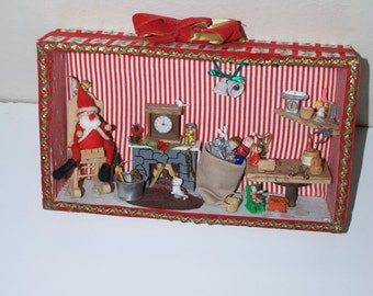 Vintage Christmas Diorama Handmade Shadow Box Wall Hanging Decoration