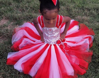 Candy cane/peppermint dress, red and white for girls...the Ultimate candy cane tutu dress!! Perfect for Christmas!! And pics!