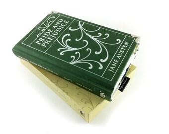 Pride and Prejudice Coin Purse, Jane Austen, Pride and Prejudice, book coin purse, classic book purse, unusual purse